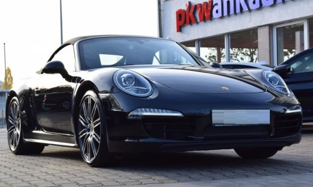 Porsche 911  400 CP   - 82541 €,   45147 km,  anul 2015,  culoare negru