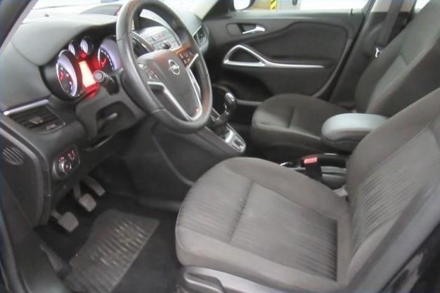 Opel Vivaro  136 CP   - 9610 €,   157764 km,  anul 2015,  culoare gri