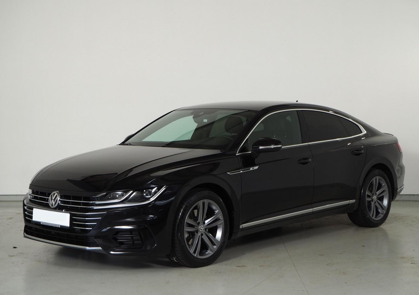 Volkswagen Arteon  190 CP   - 31068 €,   26472 km,  anul 2018,  culoare negru