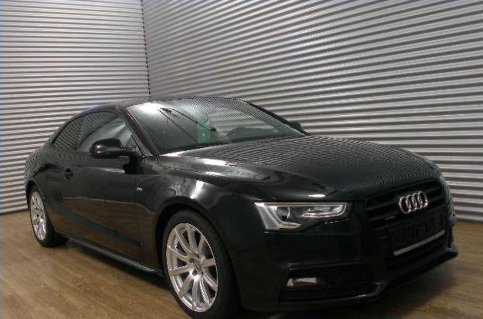Audi A5  190 CP   - 20379 €,   130518 km,  anul 2015,  culoare negru