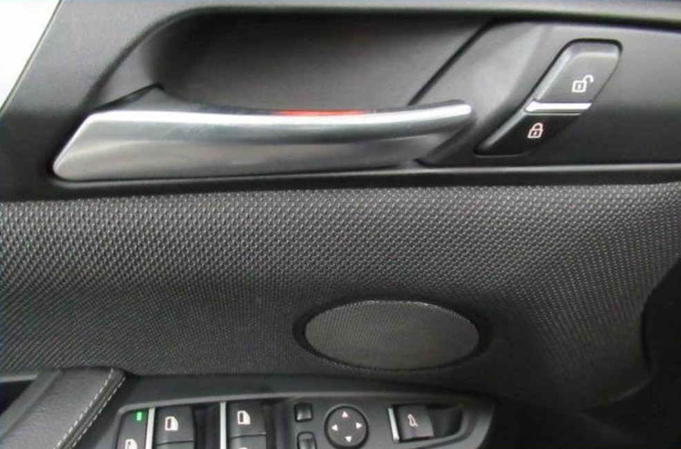 BMW X4  258 CP   - 28323 €,   113241 km,  anul 2015,  culoare negru