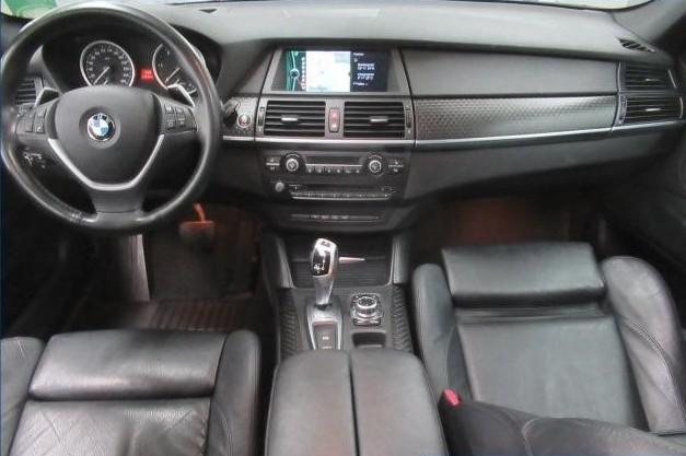 BMW X6  245 CP   - 29990 €,   114566 km,  anul 2012,  culoare gri