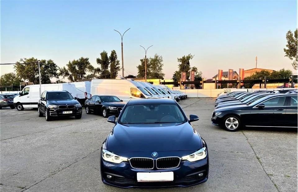 BMW 320  190 CP   - 17917 €,   149880 km,  anul 2016,  culoare negru
