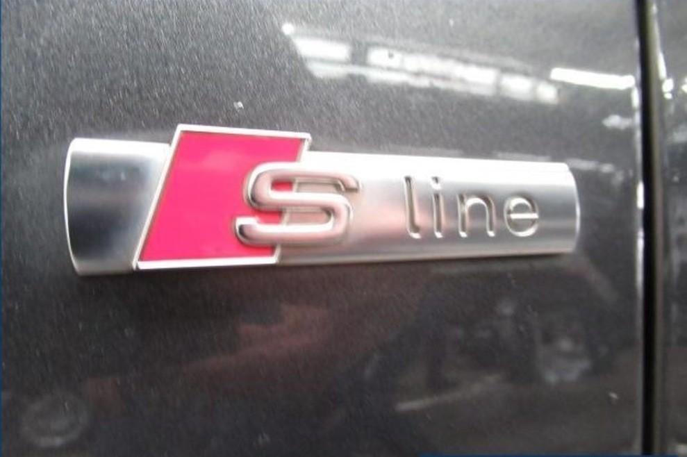 Audi A5  150 CP   - 22900 €,   158900 km,  anul 2016,  culoare gri