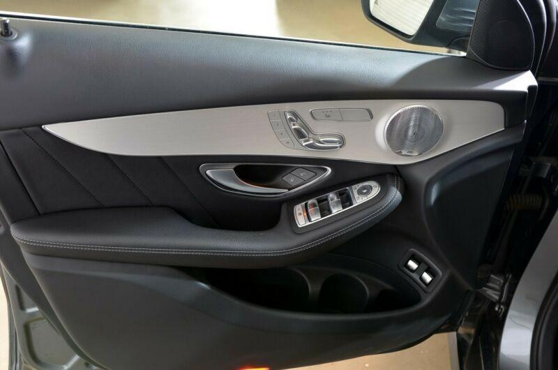 Mercedes Benz GLC  204 CP   - 27990 €,   146000 km,  anul 2016,  culoare gri