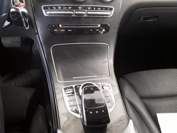 Mercedes Benz GLC  170 CP   - 26990 €,   119700 km,  anul 2017,  culoare gri