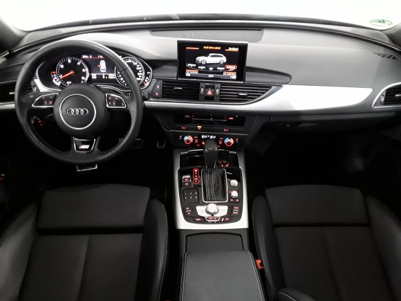 Audi A6  190 CP   - 22990 €,   112700 km,  anul 2017,  culoare negru