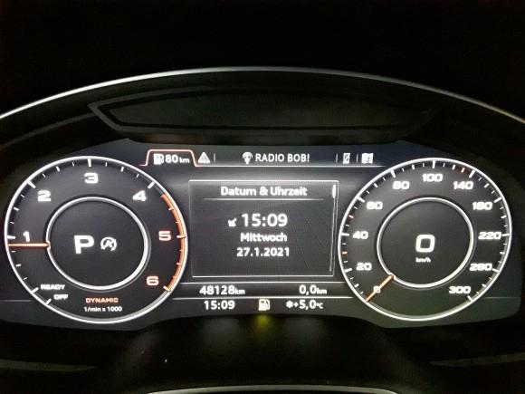 Audi Q7  272 CP   - 42990 €,   48200 km,  anul 2017,  culoare albastru