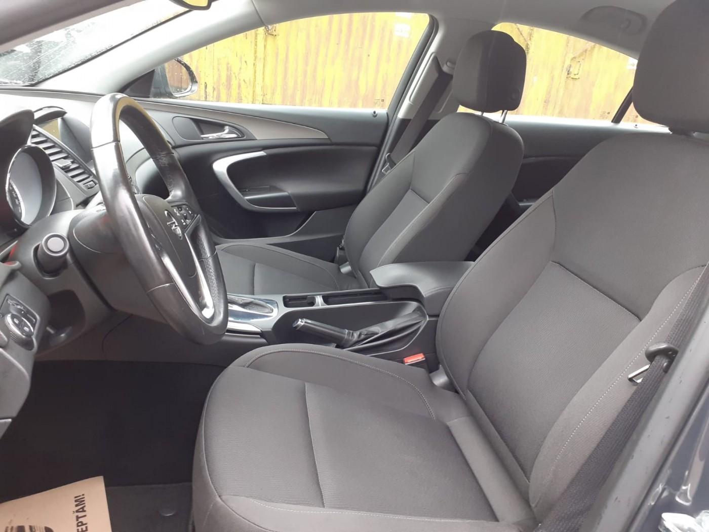 Opel Insignia  131 CP   - 9489 €,   137865 km,  anul 2013,  culoare gri