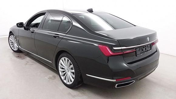 BMW 730  265 CP   - 54500 €,   14800 km,  anul 2020,  culoare negru