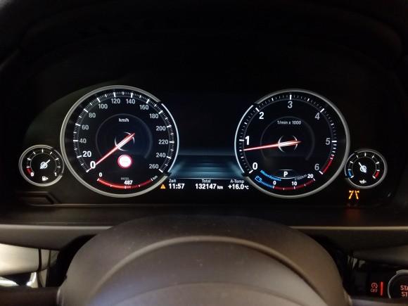 BMW X5  258 CP   - 37990 €,   132150 km,  anul 2017,  culoare negru
